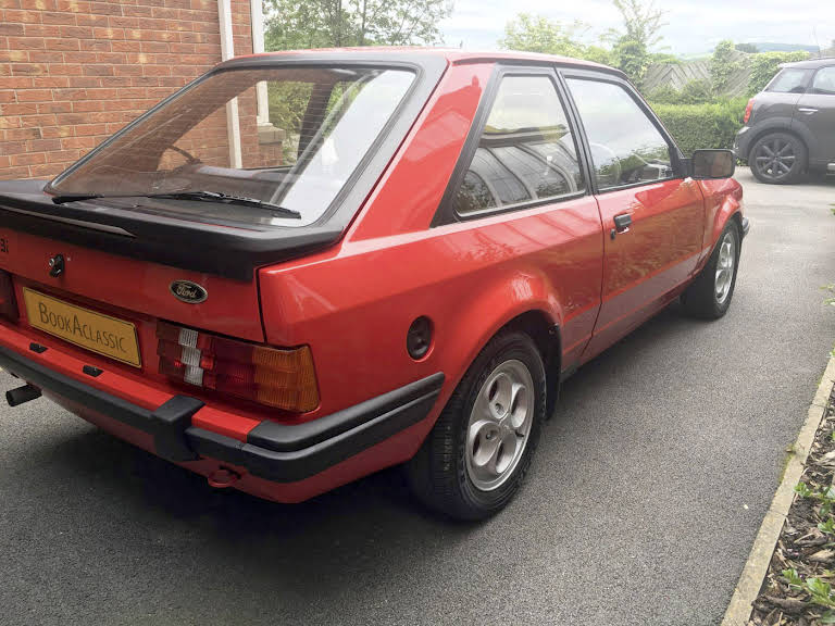Ford Escort Xr3i For Hire In Chesterfield Bookaclassic