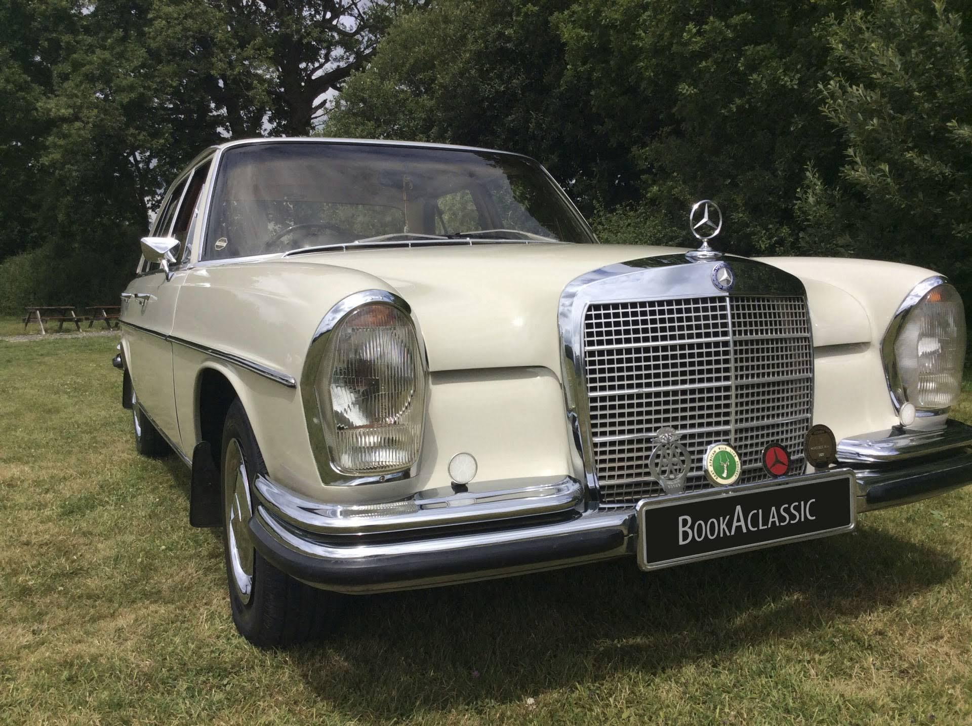 Vintage Wedding Cars - BookAclassic