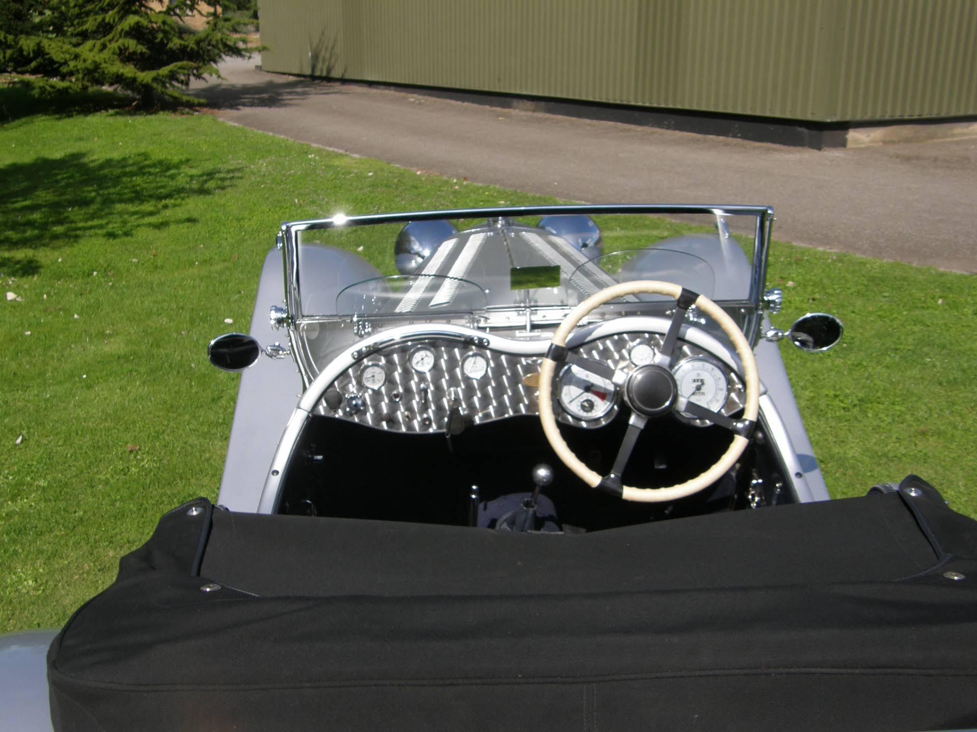 Grays Classic Cars