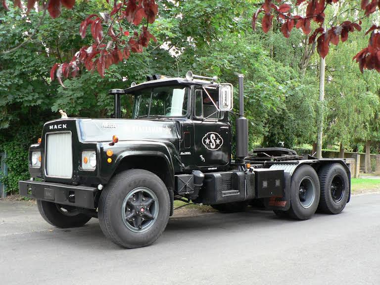 Mack R719 Hire Kidlington