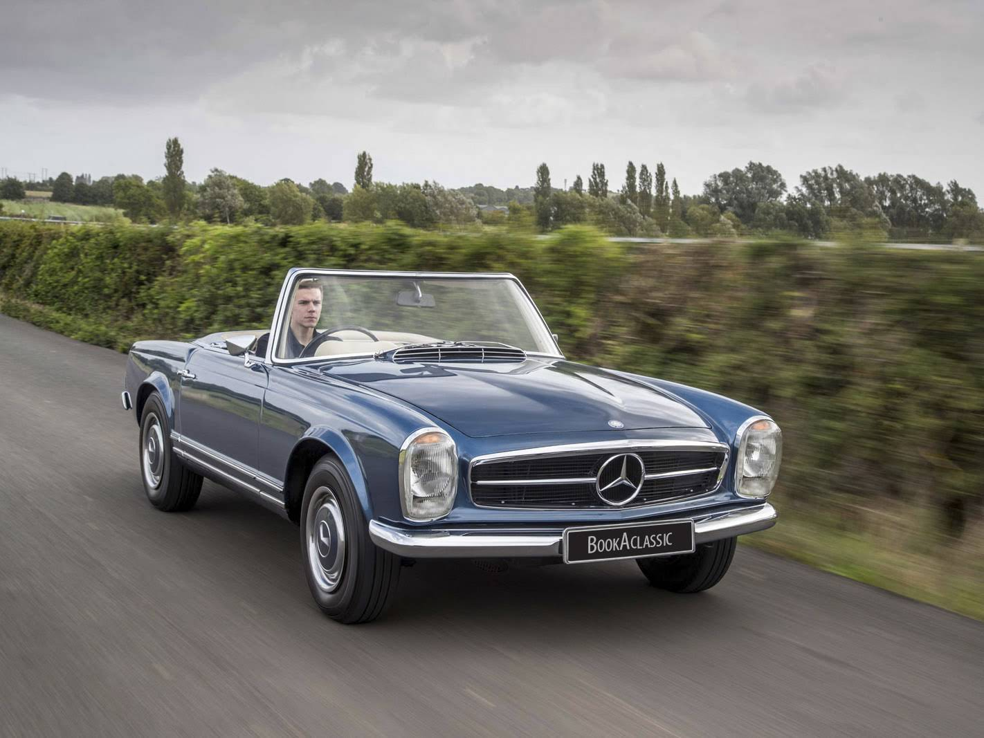 Mercedes benz 280 sl pogada for hire in stratford upon for Mercedes benz co uk