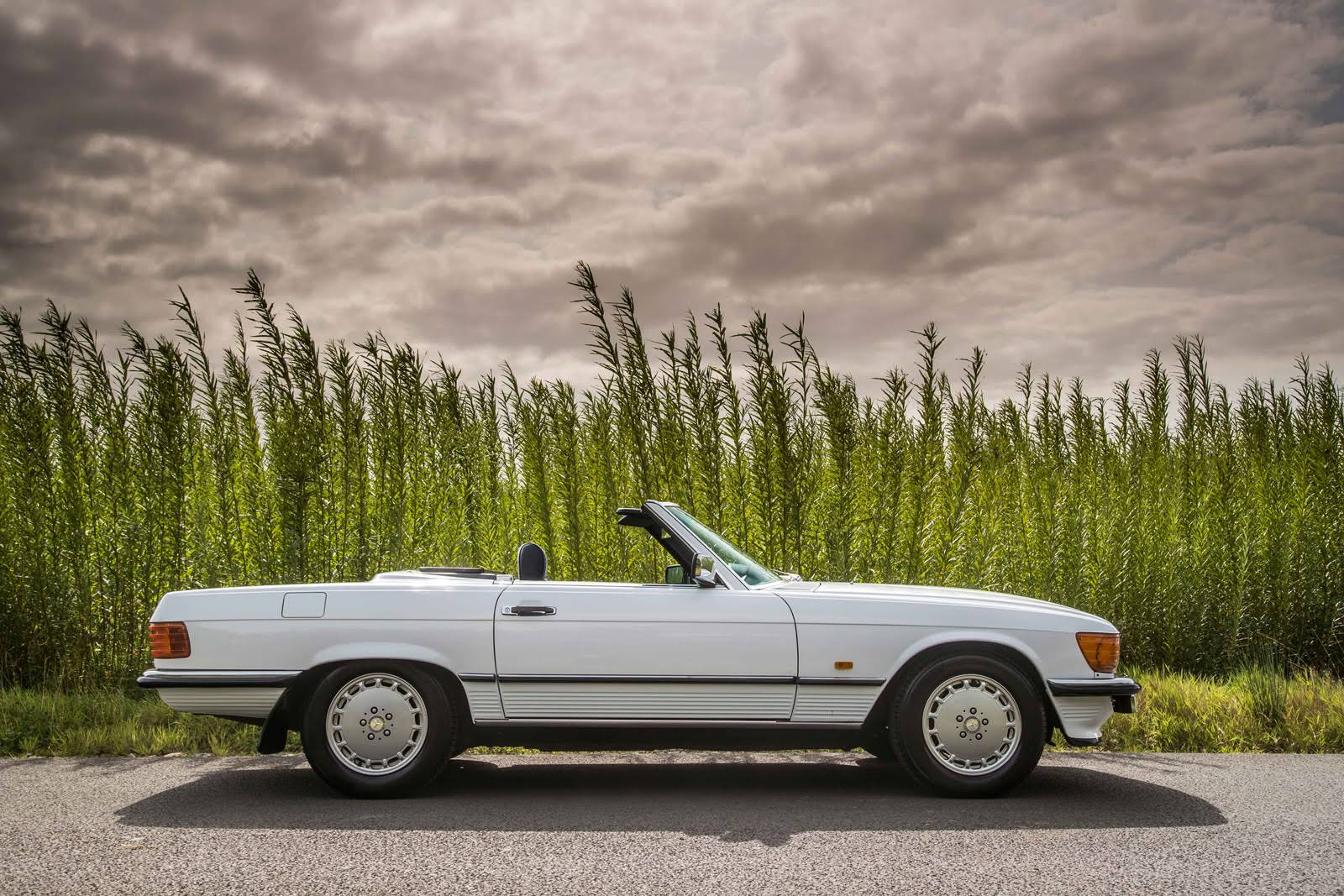 Mercedes benz 300 sl for hire in stratford upon avon for Mercedes benz for rent