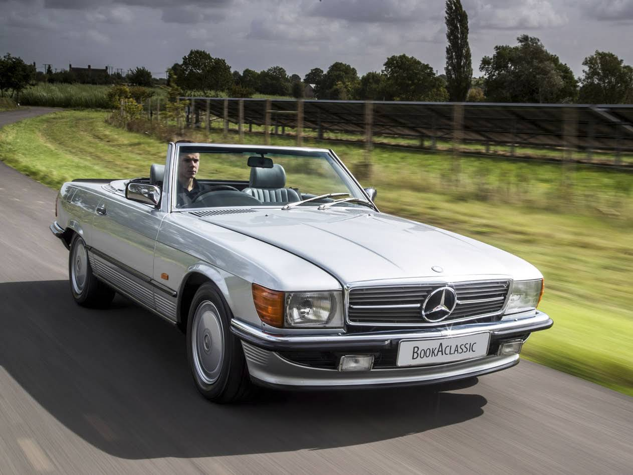 mercedes benz 500 sl for hire in stratford upon avon bookaclassic. Black Bedroom Furniture Sets. Home Design Ideas