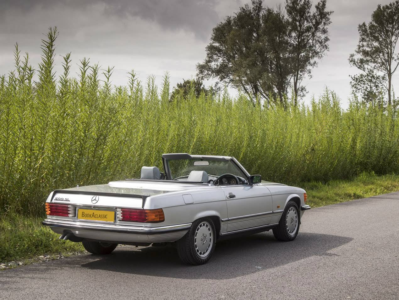 Mercedes benz 500 sl for hire in stratford upon avon for Mercedes benz hours